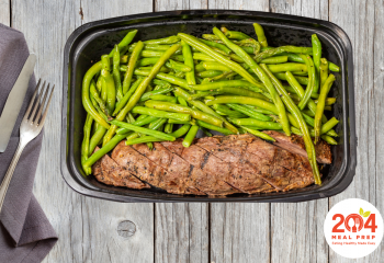 Grilled Sirloin with Roasted Green Beans | Keto